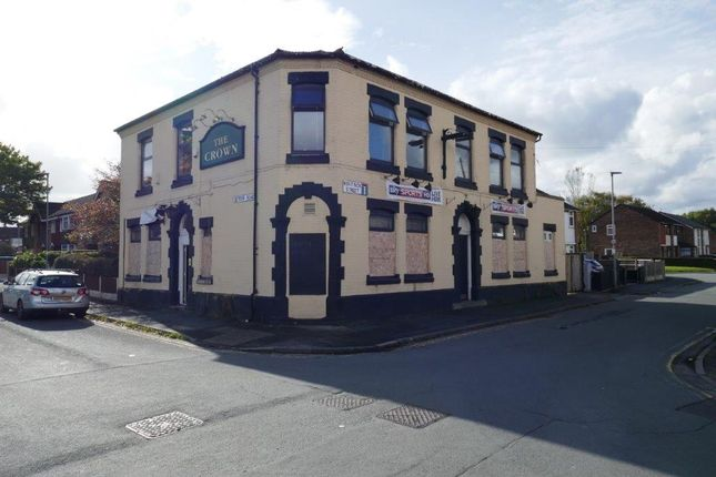 Thumbnail Pub/bar for sale in Bentink Street, Goose Green, Wigan