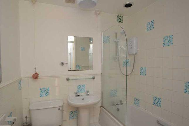 Bathroom of Summerheath, Mabe Burnthouse, Penryn TR10