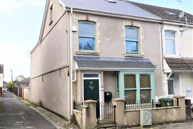 Thumbnail Flat for sale in Station Terrace, Pontyclun