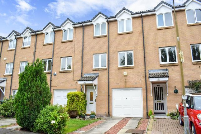 3 bed town house for sale in 165 Daiches Braes, Brunstane