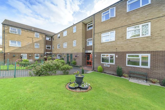 1 bed flat for sale in Maddocks Court, Wellington, Telford, Shropshire TF1