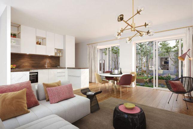 Apartment for sale in Paris, Paris, France