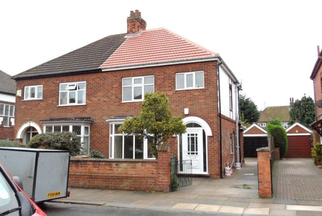 Thumbnail Semi-detached house to rent in Gloucester Avenue, Grimsby