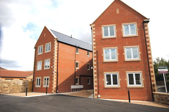 Thumbnail Flat to rent in Station Road, Barrow Hill, Chesterfield