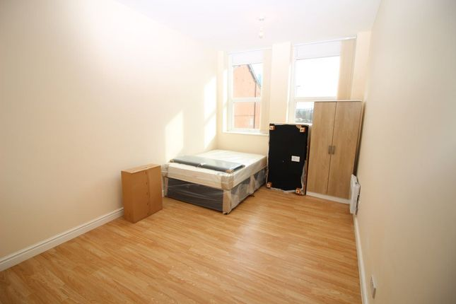 Thumbnail Flat to rent in Gf, Robson Street, Oldham