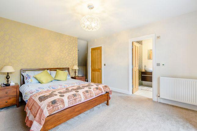 Master Bedroom of Furham Feild, Pinner HA5