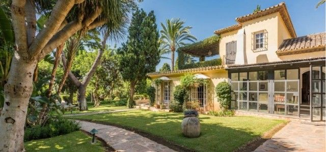 Thumbnail Villa for sale in Spain, Málaga, Estepona, New Golden Mile