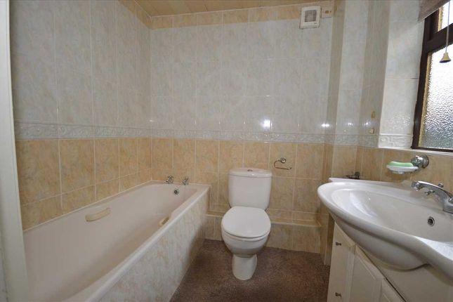 Bathroom of Rose Avenue, Stanley DH9