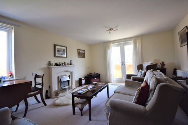 Thumbnail Flat for sale in Huntcliff Court, Glenside, Saltburn-By-The-Sea