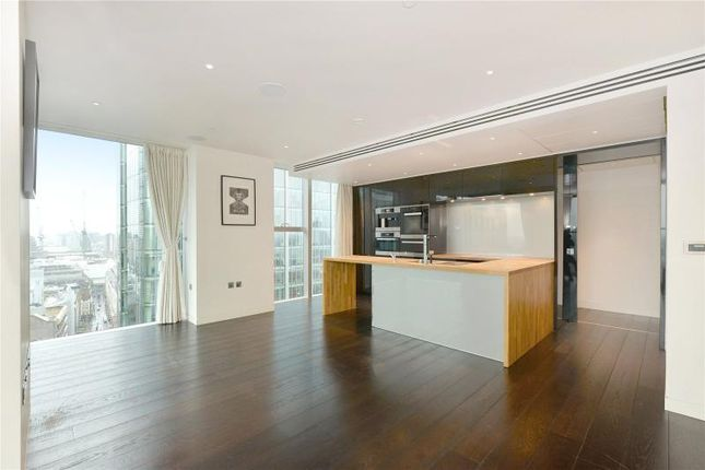 Thumbnail Flat for sale in Moor Lane, London