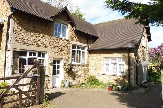 Thumbnail Detached house to rent in Churchill Way, Brackley