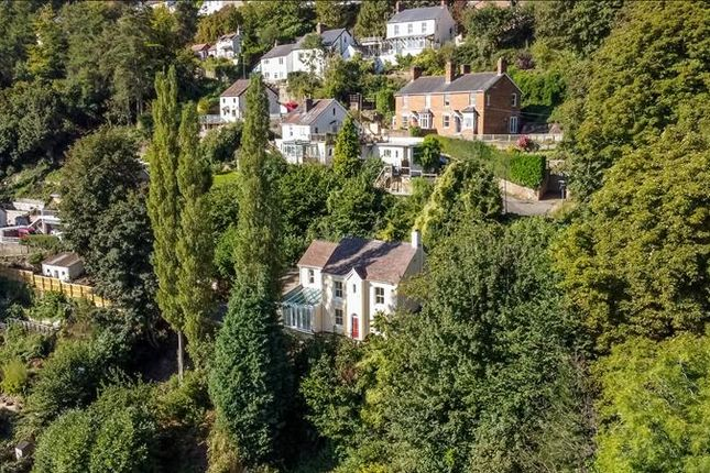 Thumbnail Detached house for sale in 51 Old Wyche Road, Malvern, Worcestershire