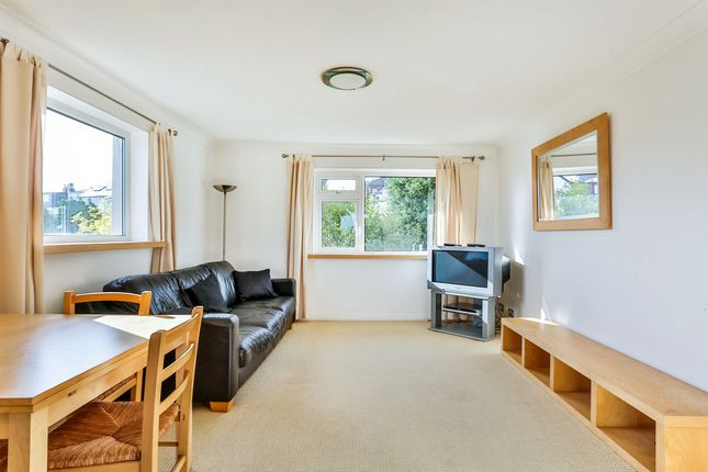 Thumbnail Flat for sale in Dobbin Hill, Greystones, Sheffield