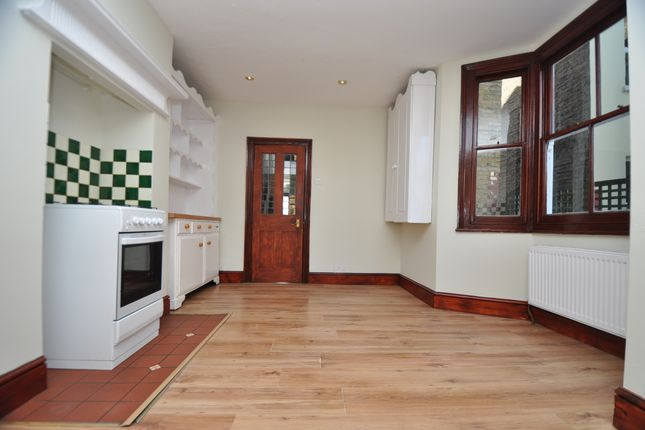 Thumbnail End terrace house to rent in Hatherley Road, Walthamstow