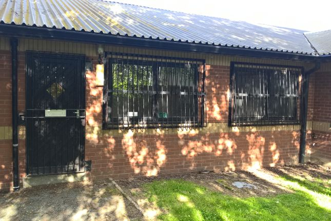 Industrial to let in Offas Dyke Road, Llanymynech