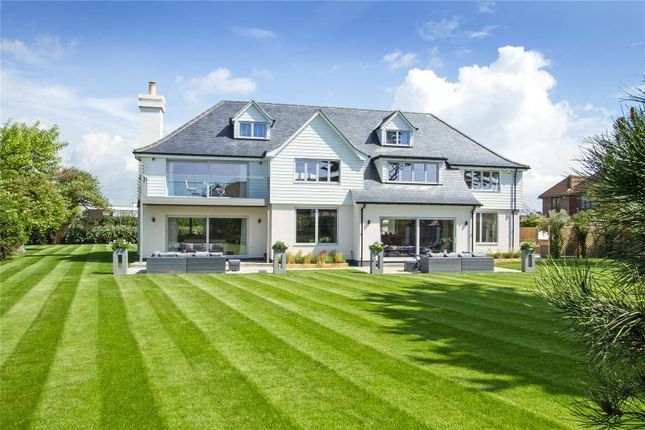 Thumbnail Property for sale in Kingston Gorse, East Preston, West Sussex