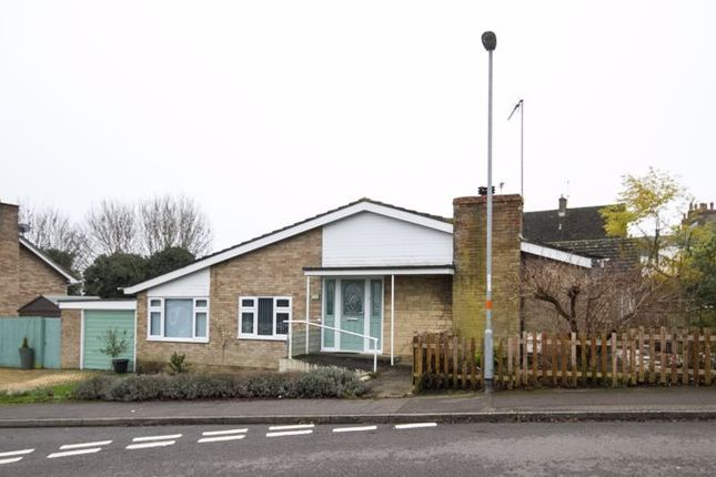3 bed bungalow for sale in High Street, Brackley NN13