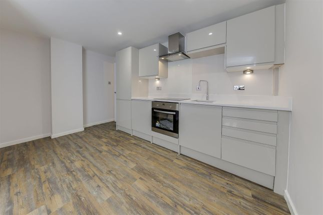 Thumbnail Flat to rent in Holcombe Road, Helmshore, Rossendale