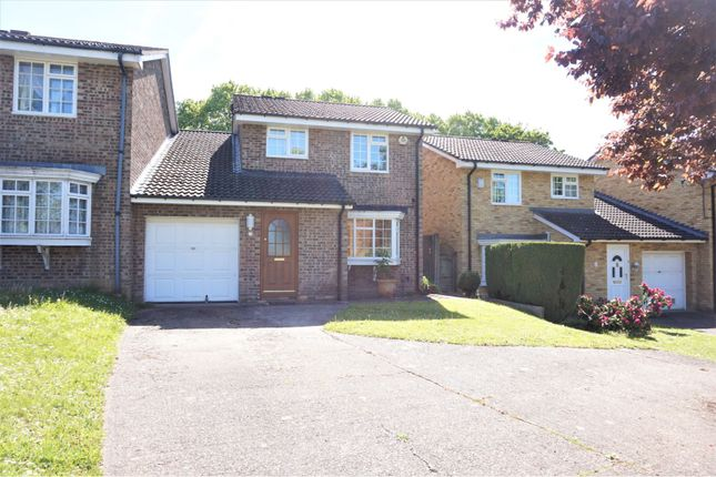 Thumbnail Link-detached house to rent in Victoria Avenue, South Croydon