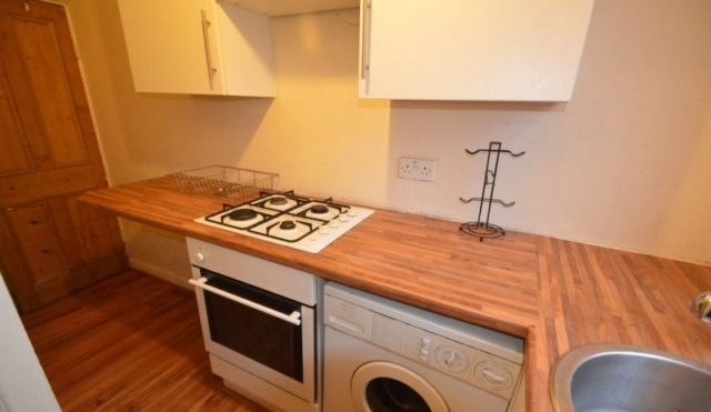 Thumbnail Property to rent in Harold Street, Hyde Park, Leeds