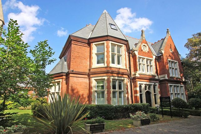 Thumbnail Flat for sale in Regents Drive, Repton Park, Woodford Green