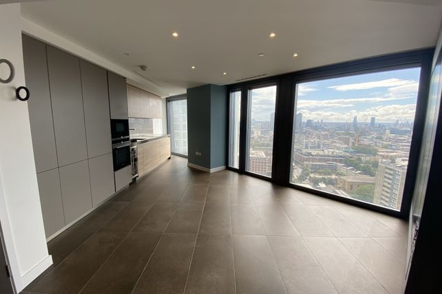 Thumbnail Flat to rent in Chronicle Tower, Islington