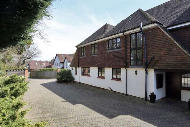 Thumbnail Flat for sale in Warwick Park, Tunbridge Wells, Kent