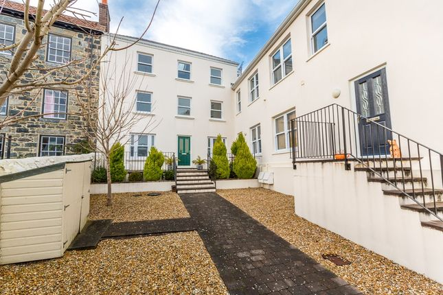 Thumbnail Flat to rent in 34 Les Canichers, St. Peter Port, Guernsey