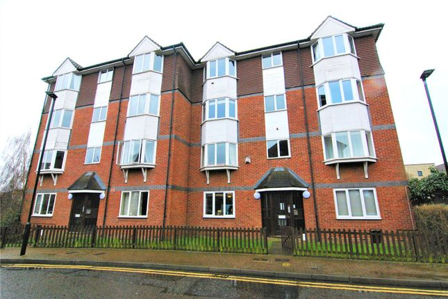 Thumbnail Flat to rent in Bunning Way, Islington, London