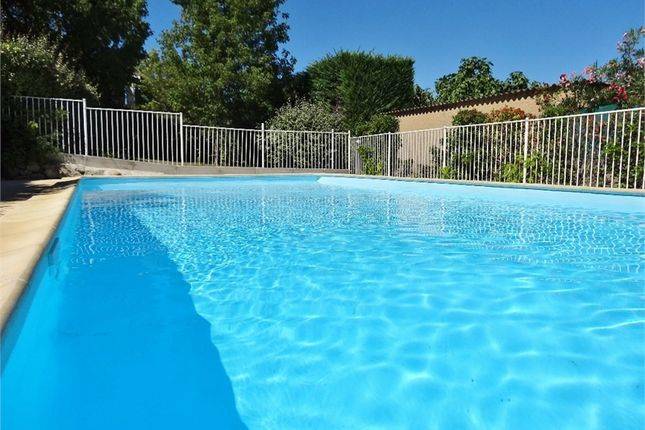 Apartment for sale in Languedoc-Roussillon, Gard, Uzes