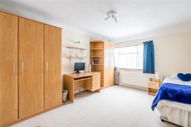 Bedroom 3 of Kings Drive, Edgware, Greater London. HA8