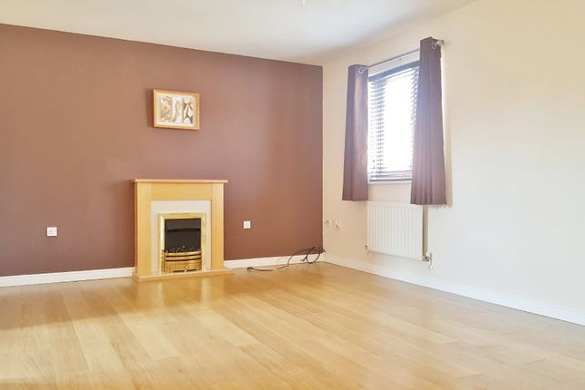 Thumbnail Property to rent in Padstow Road, Swindon