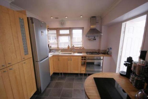 Thumbnail Bungalow to rent in Goodwood Road, Gosport
