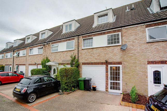 Picture No. 06 of Northleigh Close, Loose, Maidstone, Kent ME15