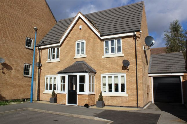 Thumbnail Detached house for sale in Shinglers Drive, Tipton