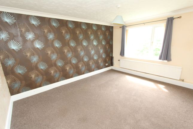 1 bed flat for sale in Spa Lane, Woodhouse, Sheffield S13
