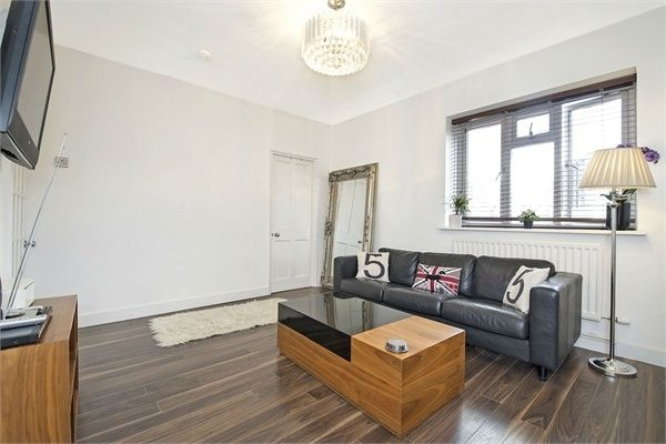 3 bed flat for sale in Balin House, Long Lane, London