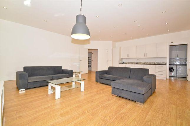 Thumbnail Maisonette to rent in Spelman Street, London