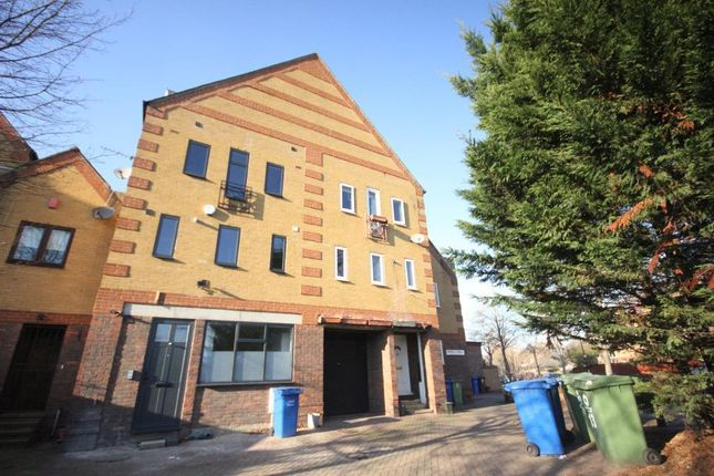 Thumbnail Town house to rent in Drake Close, Canada Water, London