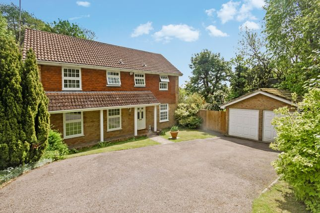 5 bed detached house for sale in Boundary Way, Addington, Croydon