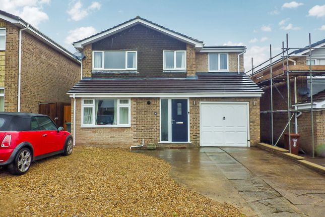4 bed detached house to rent in Ravensmead, Banbury, Oxon OX16