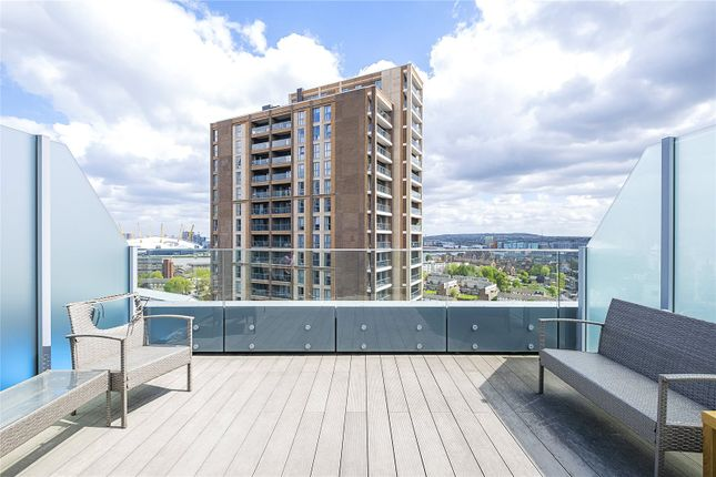2 bed parking/garage for sale in Markham Heights, 2 Baltimore Wharf, London E14