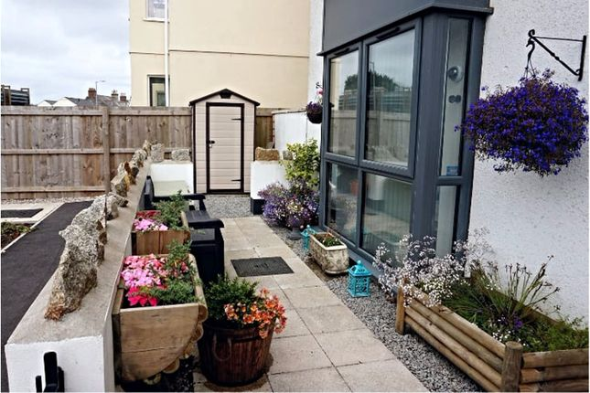 Thumbnail Flat for sale in Tredinnick Way, Redruth, Pool