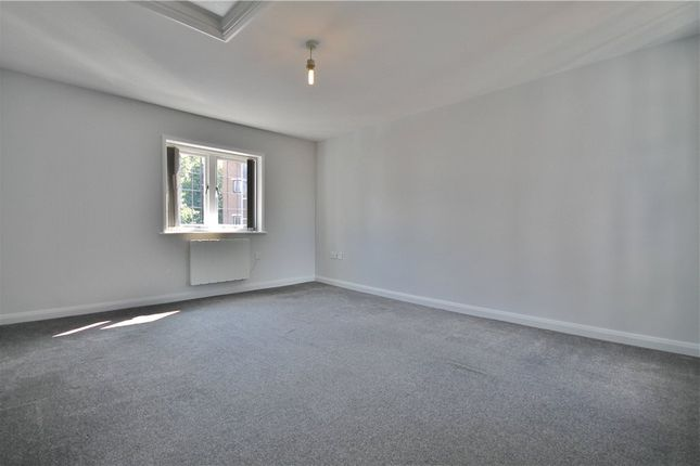 Thumbnail Flat to rent in Church Street, Staines-Upon-Thames, Surrey