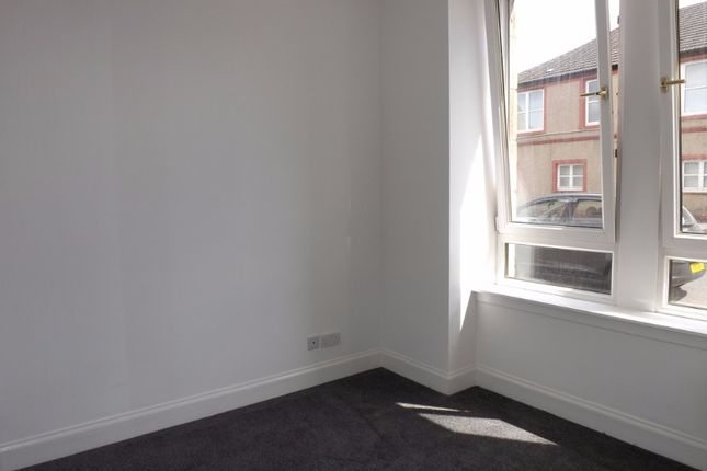 Thumbnail Flat to rent in Cambusnethan Street, Wishaw, North Lanarkshire