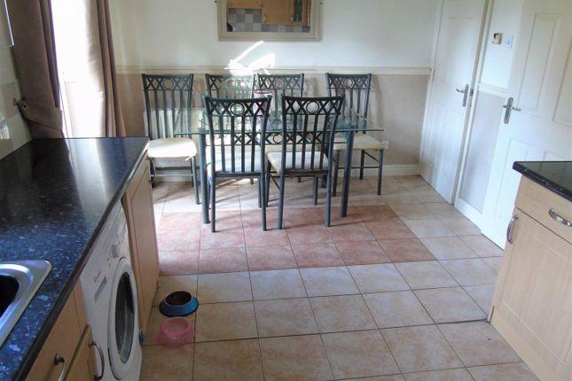 Kitchen3 of Sunloch Close, Aintree, Liverpool L9