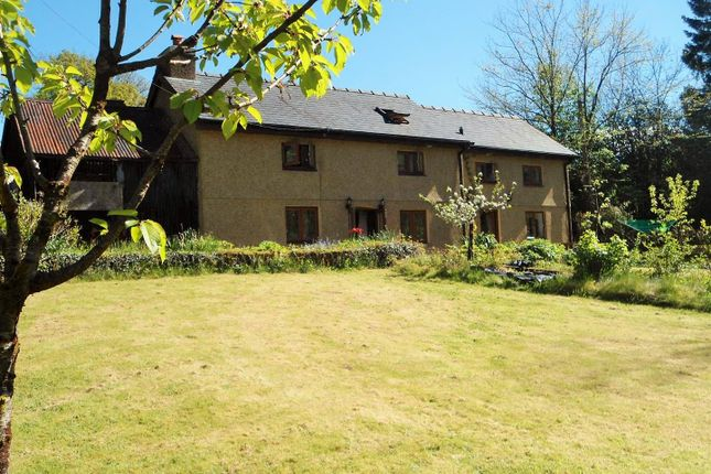 Thumbnail Country house for sale in Gwynfe, Llangadog