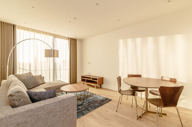 Thumbnail Flat to rent in Perilla House, Goodman's Fields, London