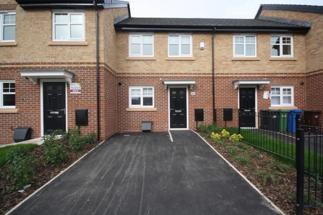 2 bed mews house to rent in North Road, Atherton M46