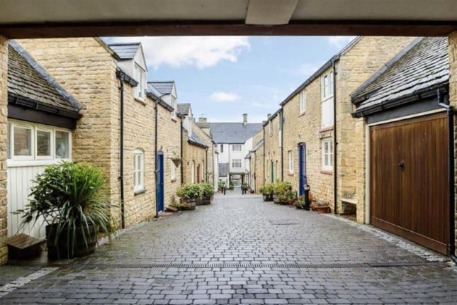 Thumbnail Flat for sale in White Hart Mews, Chipping Norton, Oxfordshire